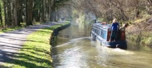 The Narrow Escape travelling down the K&A canal